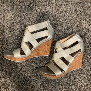 Kenneth Cole Reaction Silver Wedges 6